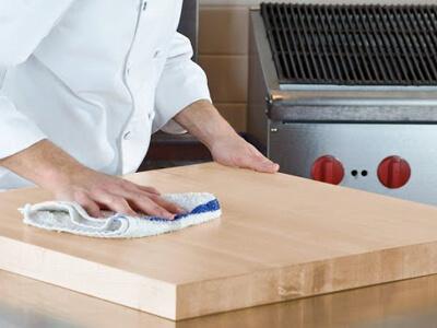 چگونه تخته گوشت را تمیز کنیم؟