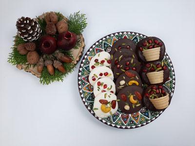 طرز تهیه شکلات اناری برای شب یلدا