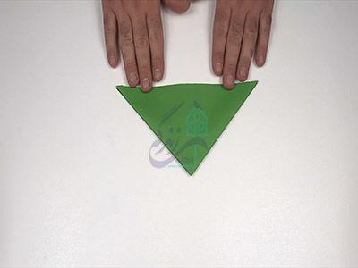 ایجاد مثلث برای اوریگامی قورباغه پرشی