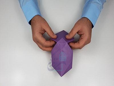 حالت دادن به کاغذ برای اوریگامی سه بعدی قلب
