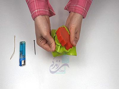 جدا کردن شمع از قالب برای درست کردن شمع