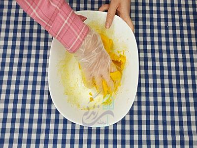 طرز تهیه شیرینی برنجی زعفرانی