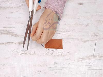 قیچی کردن نخ در دوخت ساده