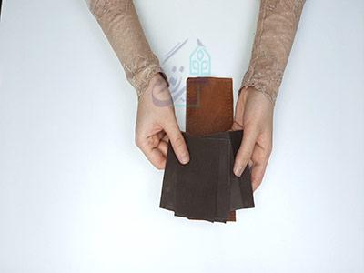 برش آستر جاکارتی در آموزش دوخت کیف چرم