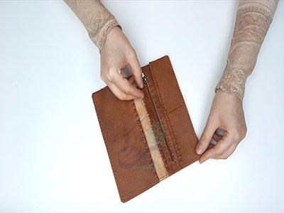 اتصال دو لت به بدنه اصلی کیف در آموزش دوخت کیف چرم